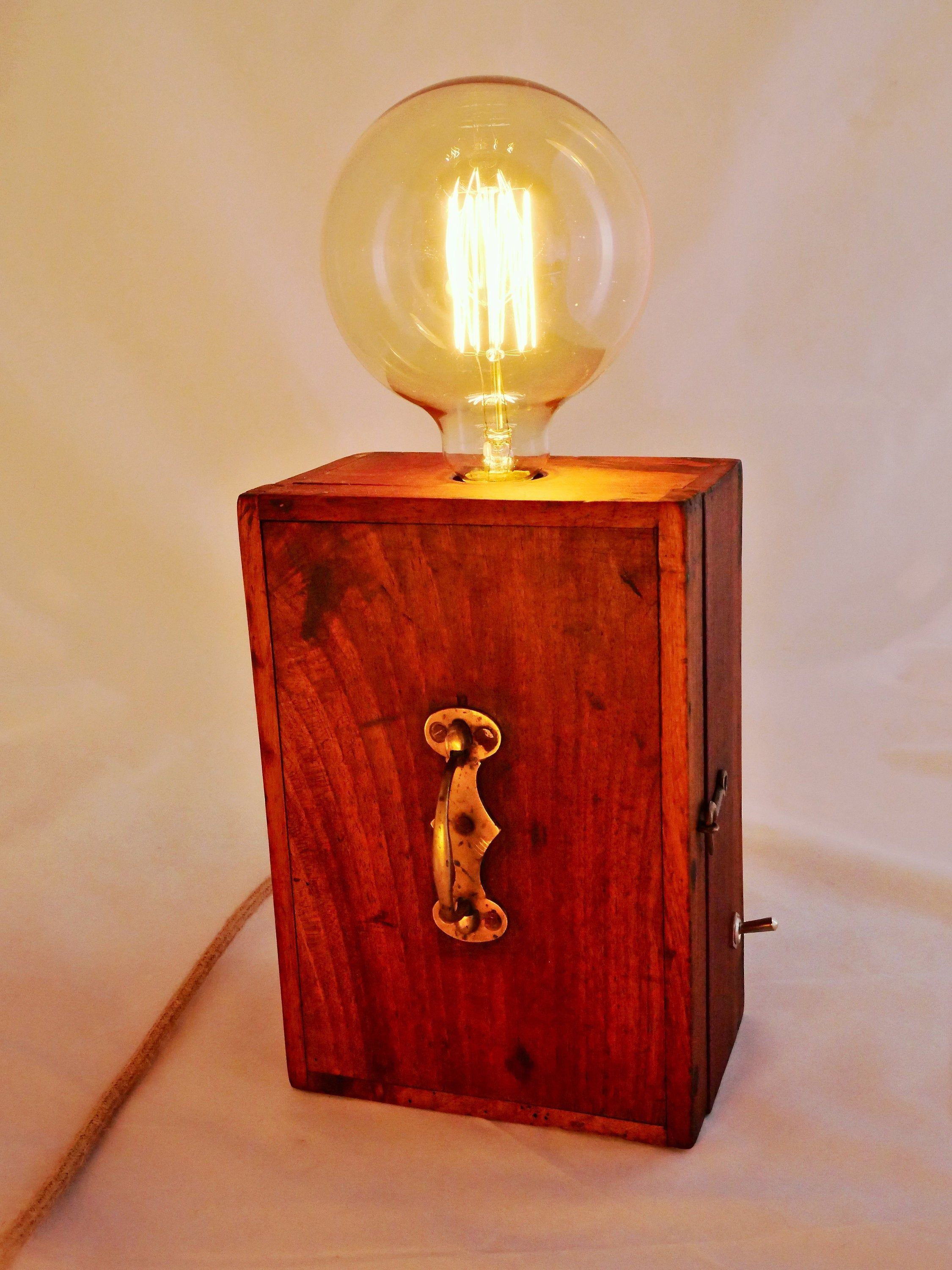 Vintage Box Wooden Lamp In 2020 Wooden Lamp Vintage Boxes Wooden Lamp