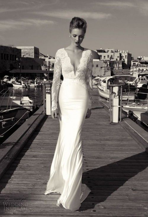 30 Fabulous Winter Wedding Dresses Weddingomania Wedding Dresses Long Sleeve Wedding Dress Lace Lace Bridal Gown