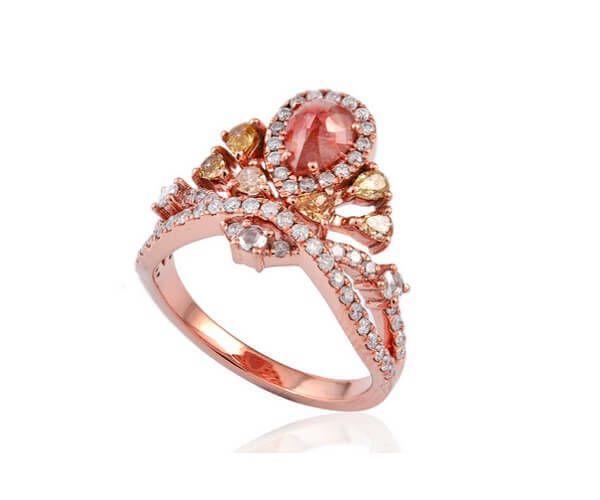 Bague haut de gamme en or rose 18 cts et diamant slice.