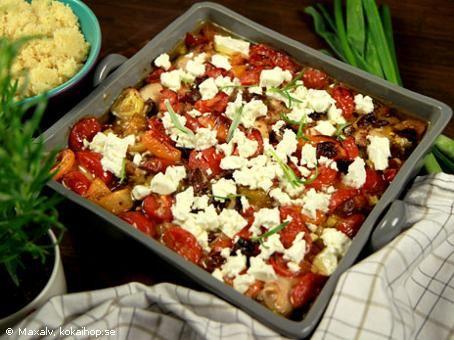 Kyckling i långpanna med feta och oliver - Recept