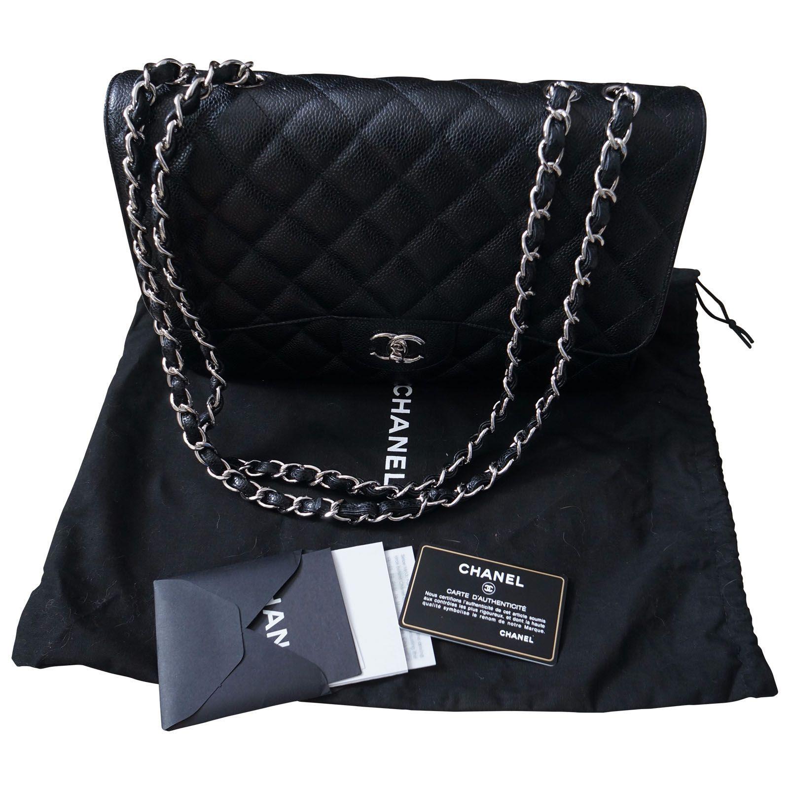 0c647a8ca83fb0 Sac Chanel Jumbo en cuir caviar noir et attributs argent. - Etat neuf avec  son dustbag et carte d authenticité - Hologramme - Booklet - Dustbag, ...