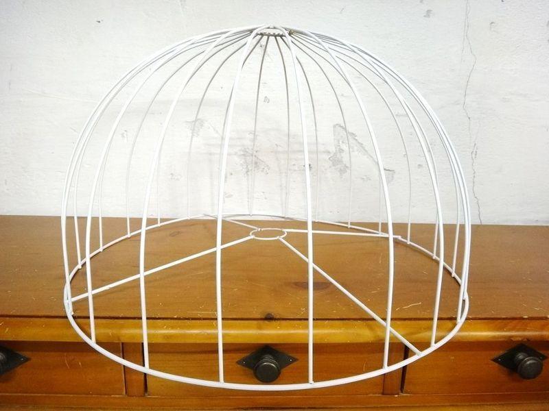 Großer Lampenschirm Rohling Kuppel  von Tante Tillys Wundertüte auf DaWanda.com