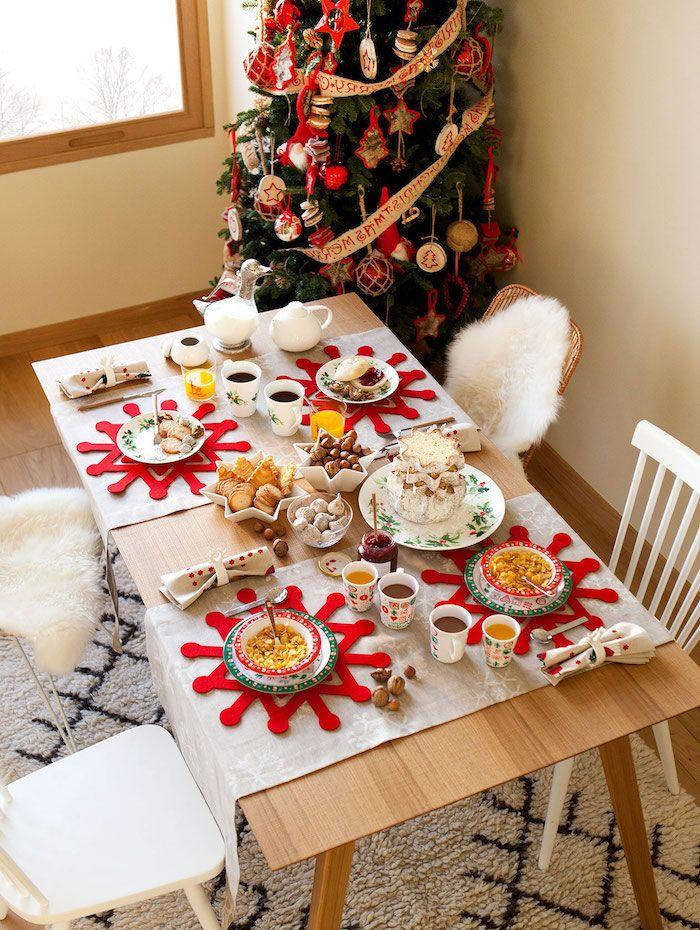 1001 ideen f r weihnachtstischdeko als erg nzung der fr hlichen stimmung tischdeko pinterest. Black Bedroom Furniture Sets. Home Design Ideas