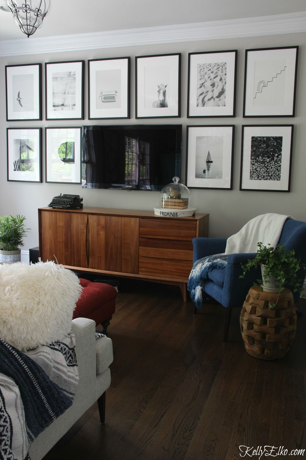 Interior Design Tv Room: Camoflauging TV With A Gallery Wall