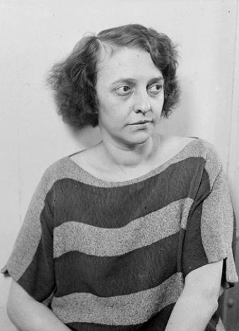"""Beulah Annan, the real-life murderess who inspired the character of Roxie Hart in the musical """"Chicago"""" (c. 1924)"""