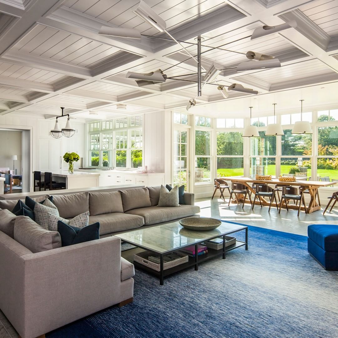 A Spacious Hamptons Residence By Bradley Stephens Design With A
