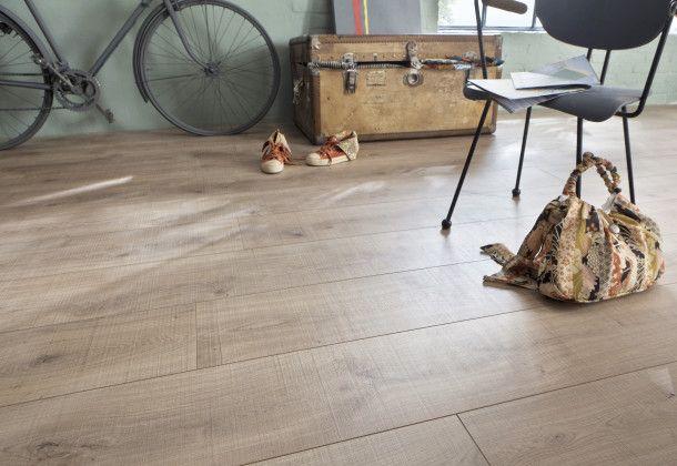 quelle diff rence entre le parquet et le stratifi le parquet est en bois le stratifi imite. Black Bedroom Furniture Sets. Home Design Ideas