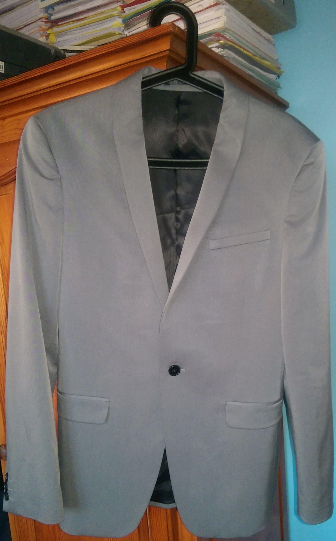 Costume Celio  Club gris très ajusté Veste taille 48 Pantalon taille ... 762cf2636a48