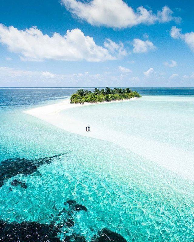 Maldives Beach: The Maldives Islands #Maldives #MaldivesHoliday