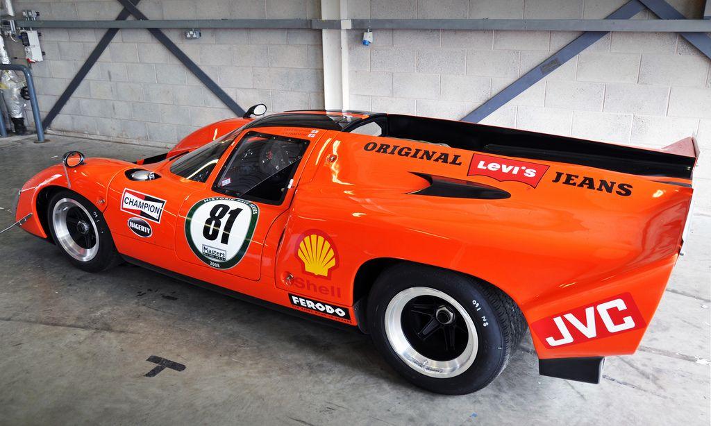 Lola T70 Mk3B, Donington Pit Garage | by Motorsport in Pictures