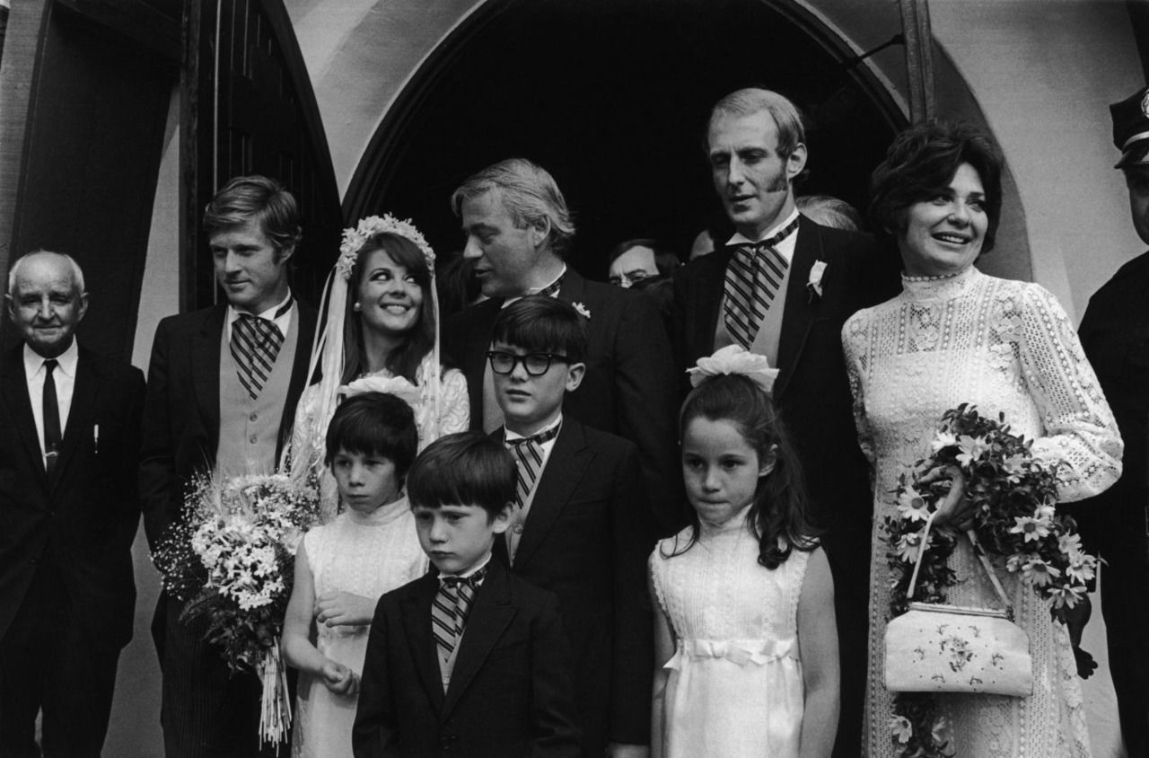 Robert Redford As Best Man At Natalie Wood S Wedding To Richard Gregson May 30th 1969 American Actors Natalie Wood Robert Redford