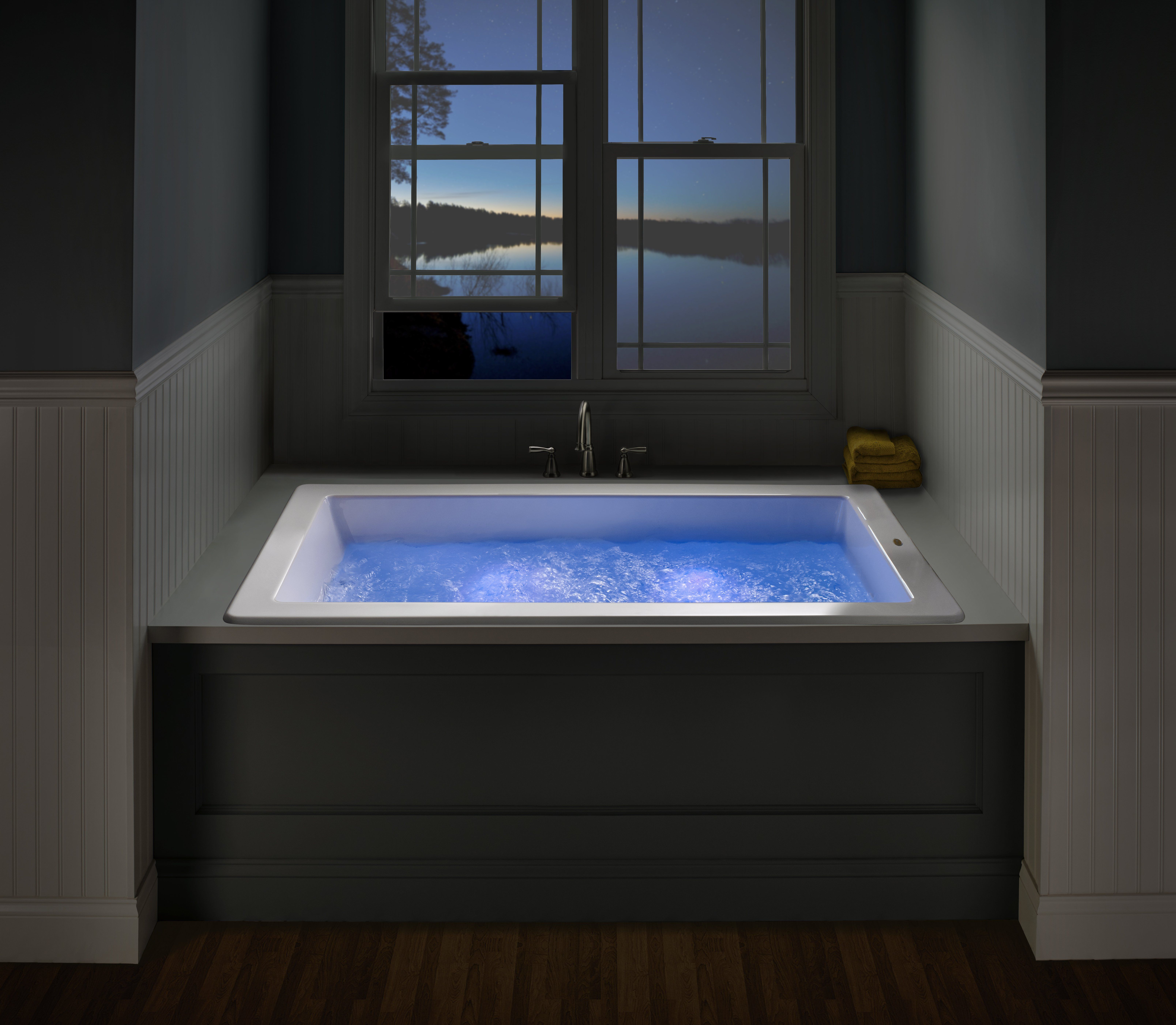 Jacuzzi In The Living Room: Undermount Baths