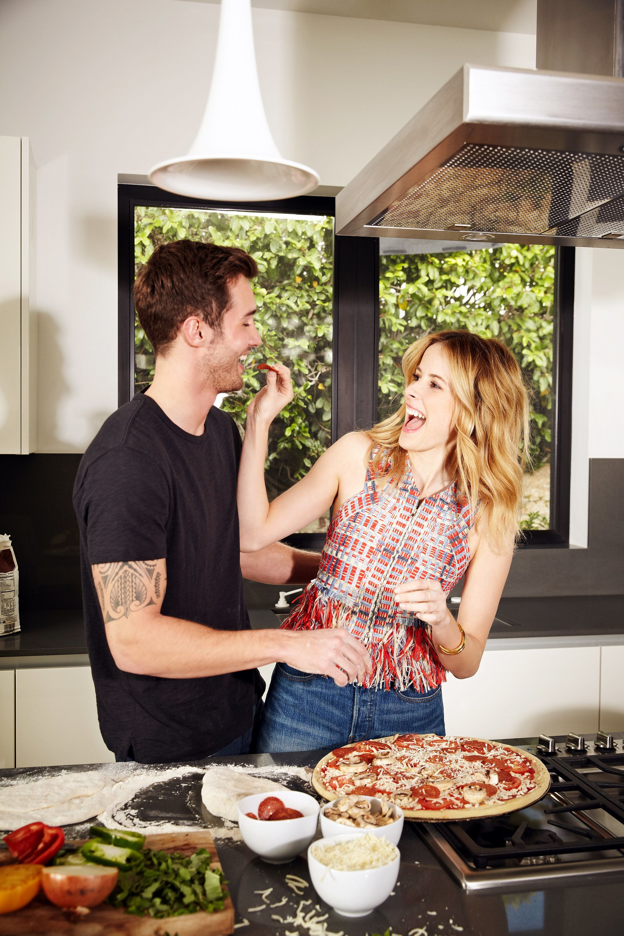 6 Date Ideas Runners Will Love Recipes For Newlyweds First Year Of Marriage Couple Cooking