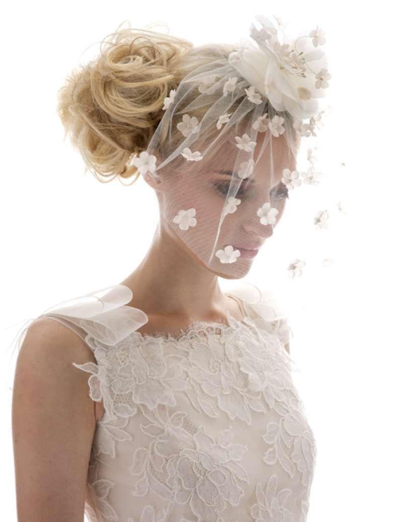 cool Красивые свадебные прически на средние волосы с фатой ...