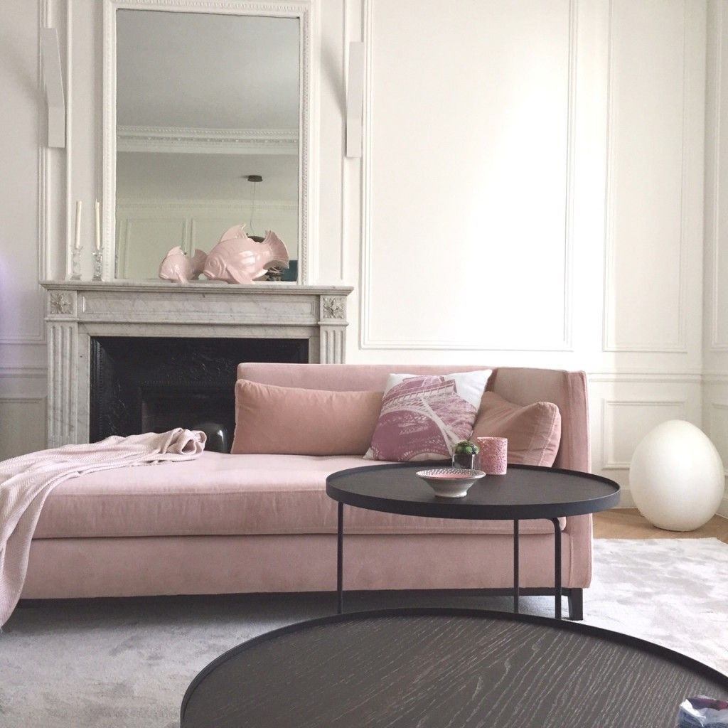 d coration salon gris et rose quartz dans un appartement. Black Bedroom Furniture Sets. Home Design Ideas