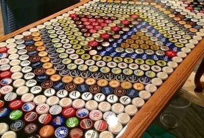 He Made This Table From 510 Beer Caps, How He Did It Is Surprisingly Easy. - http://www.lifebuzz.com/beer-caps/