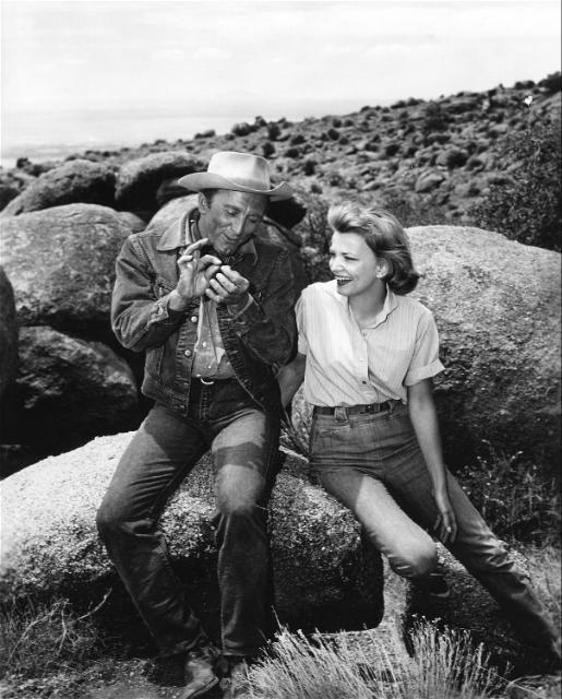 Kirk Douglas and Gena Rowlands