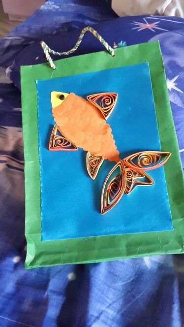 Paper bag with quilling