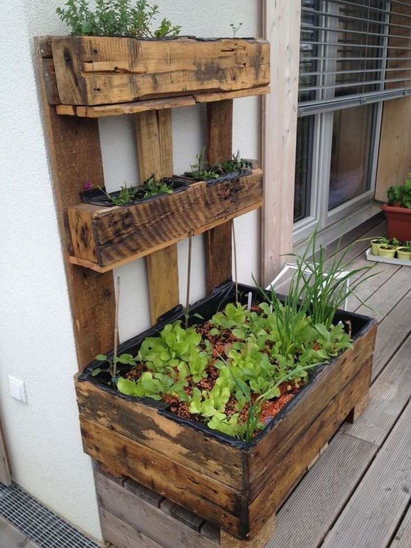35 creative diy project for terrace decoration this fall on extraordinary ideas for old used dumped pallets wood id=43198