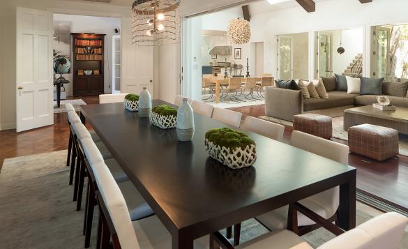 Decor & Trends California homes, Home, Monochromatic room