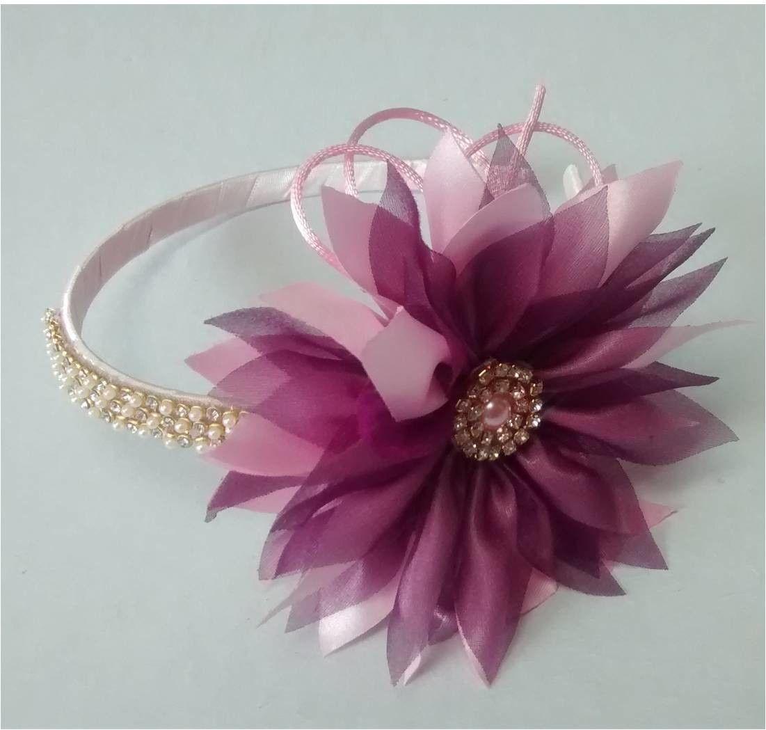 tiara com flor em cetim rosa e organza vinho ff1944dc0b0