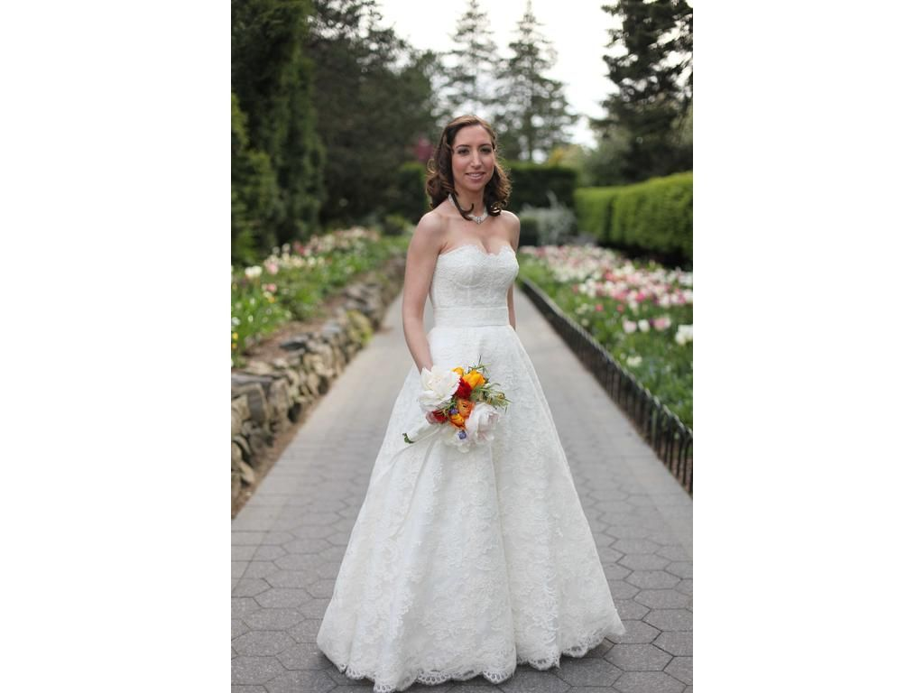 Pre owned wedding dresses  Monique Lhuillier Augustine  find it for sale on