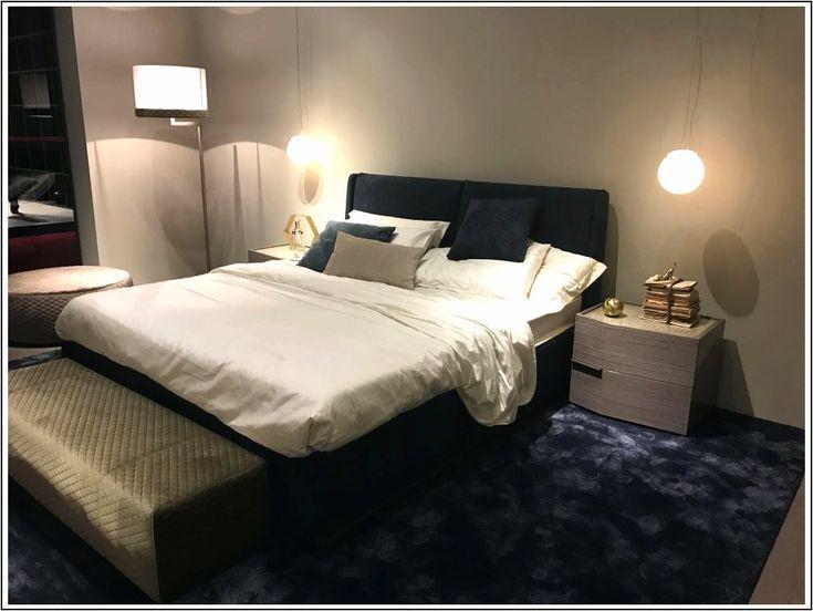 I disegni della panca della camera da letto e le decorazioni ...