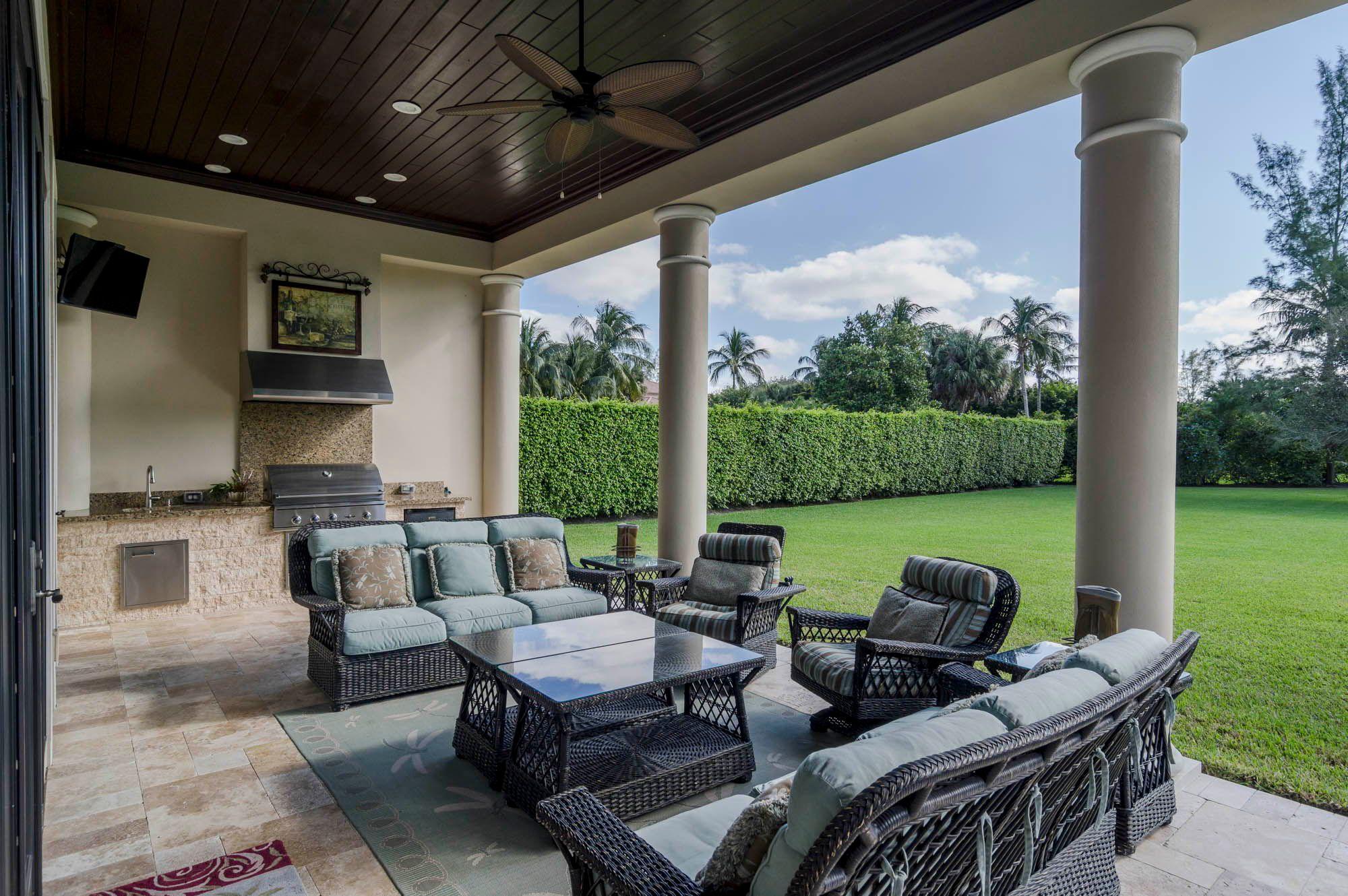 ccc48a4b4164b399ef71ea3d6f3e7057 - Consignment Furniture Palm Beach Gardens Fl