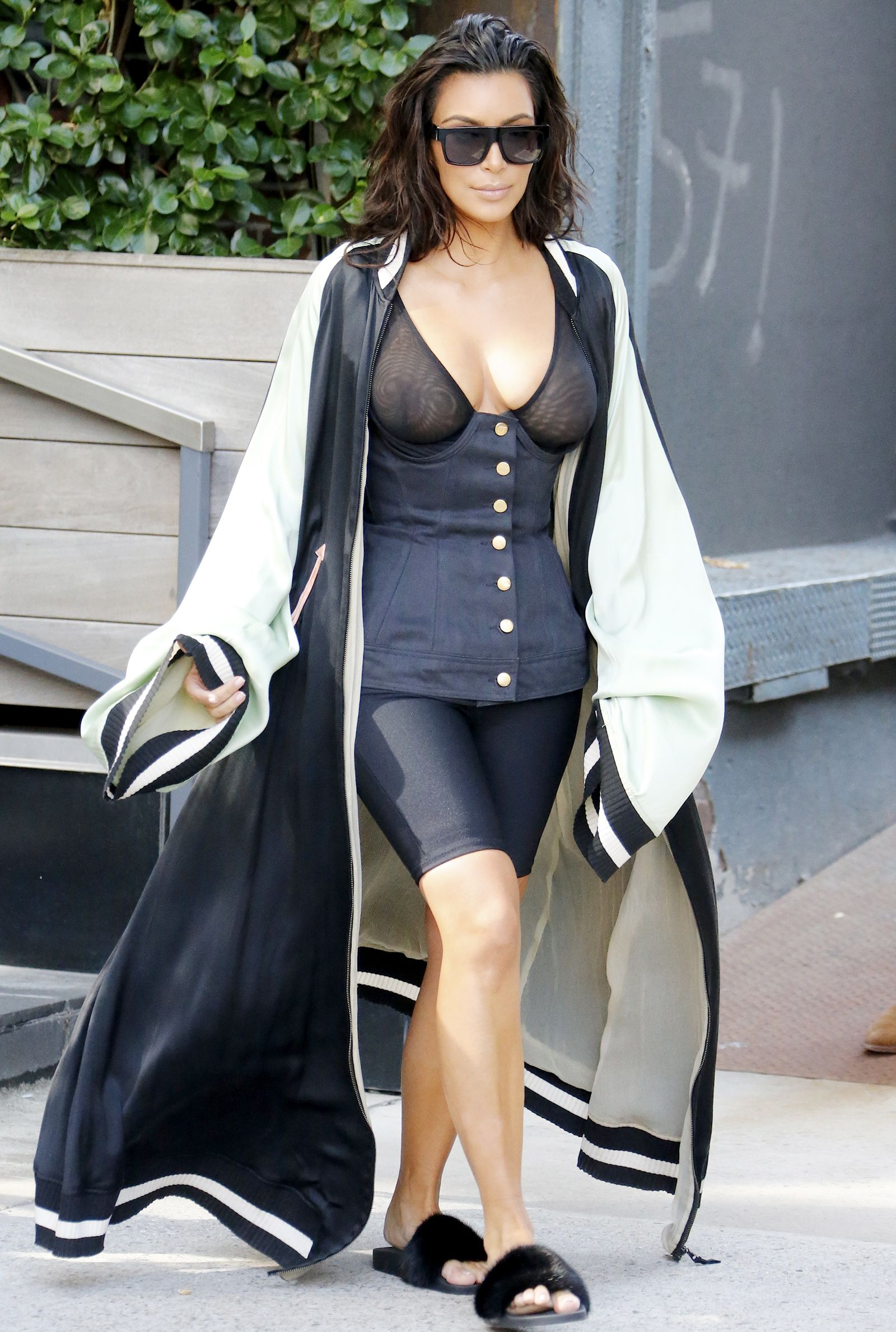 5cbd88e8191a Kim Kardashian West Dons a Long Cape