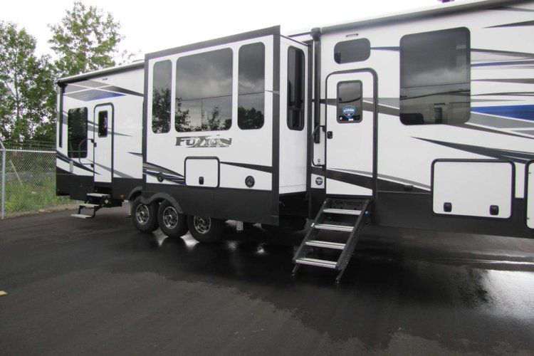 2020 Keystone Fuzion 419 Only 493 Biweekly Oac New Toy Hauler