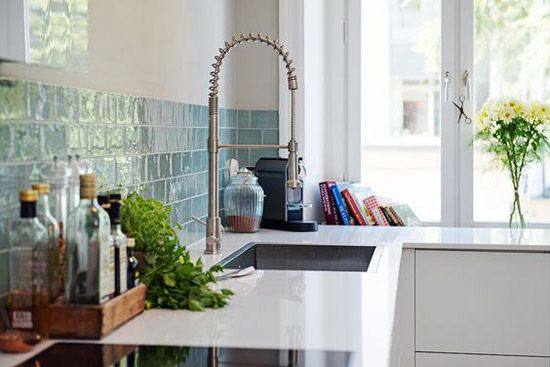 Bedwelming groene-tegels-in-de-keuken | Ideeën voor het huis in 2018 &VA16