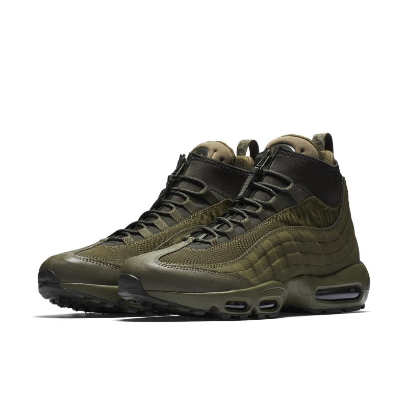 timeless design 1feac a46c8 Nike Air Max 95 SneakerBoot Men s Boot - Olive   Stylo   Pinterest .