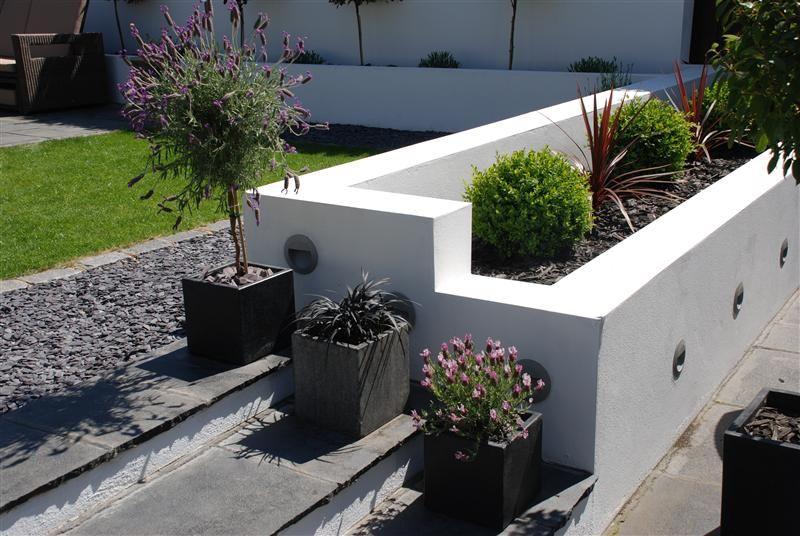 Bi level landscaping google search garden inspiration for Split level garden designs