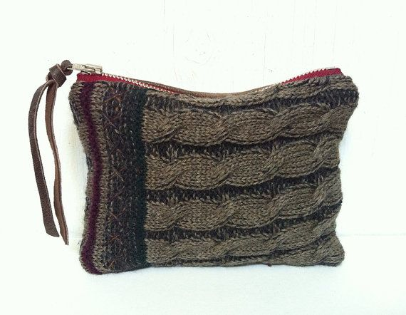 UPCYCLED Sweater Pouch. Leather Change Purse. Cable Knit. Stocking Stuffer.