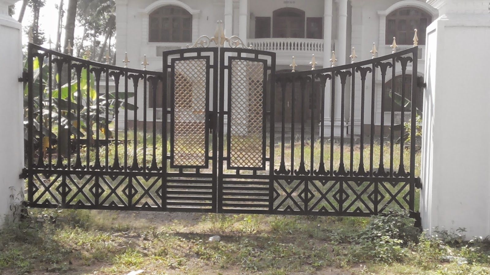 Resultado de imagen para different styles of gates | Pager rumah ... for Front Gate Designs For Indian Homes  75tgx