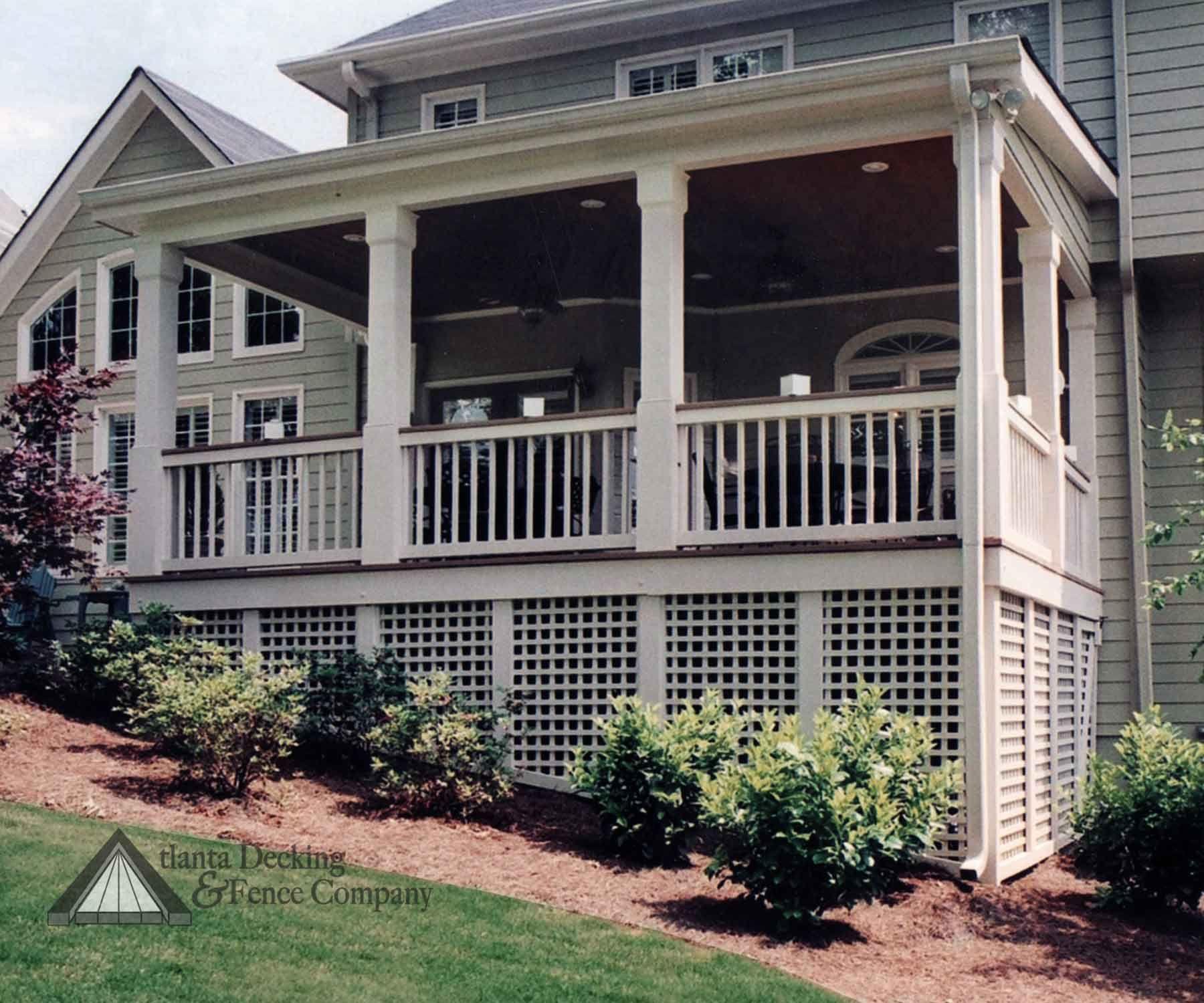 Porch underskirting square lattice porch ideas for Under porch ideas