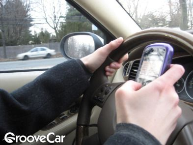 New Texting And Driving Penalties Auto Body Shop Distracted Driving The Body Shop