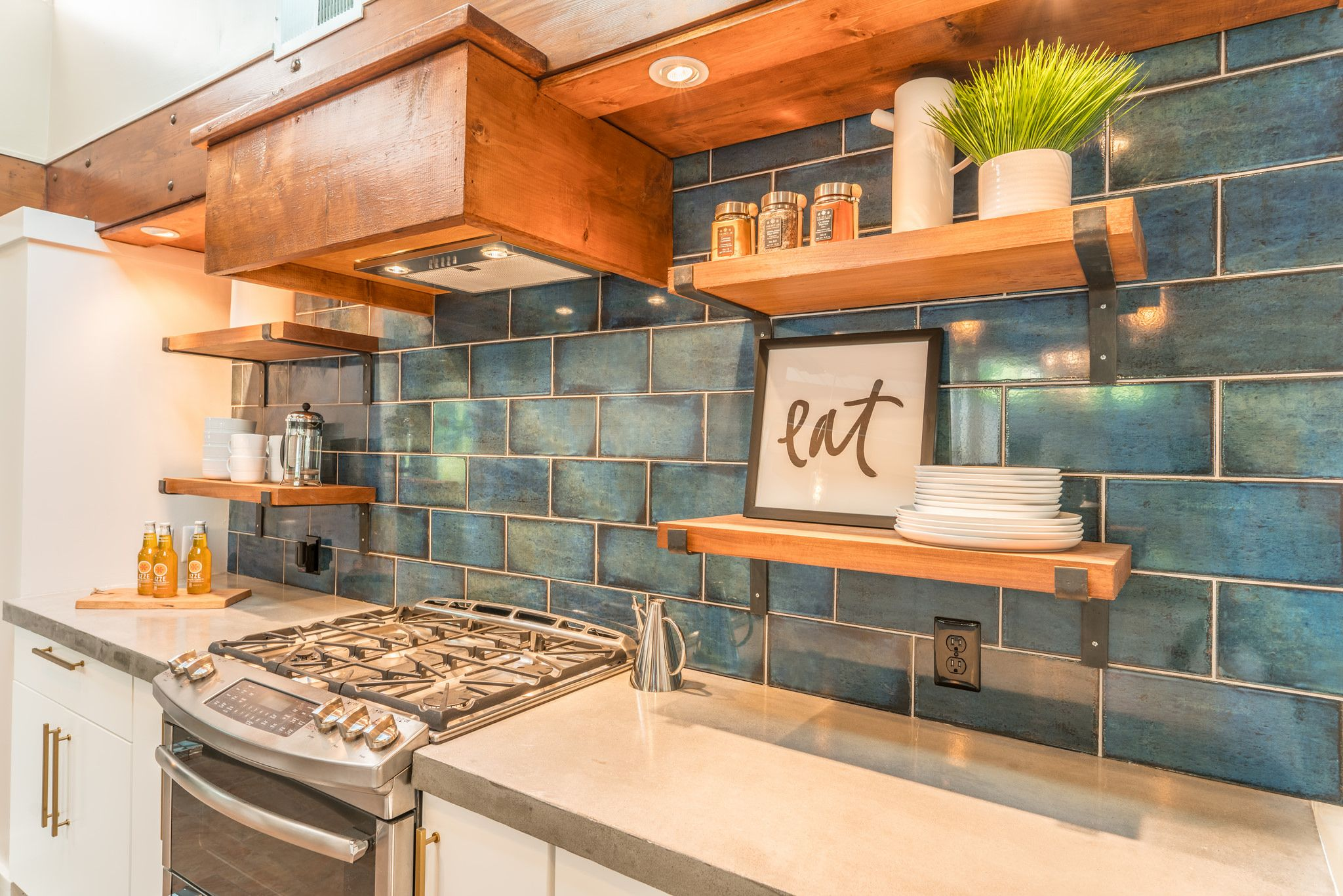 Best Durable Concrete Countertops And Open Shelving Make This 400 x 300