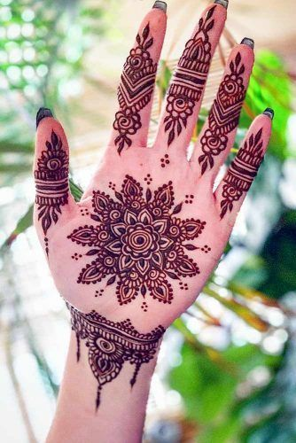 Henna Tattoo Designs: Beautify Your Skin With The Real Art