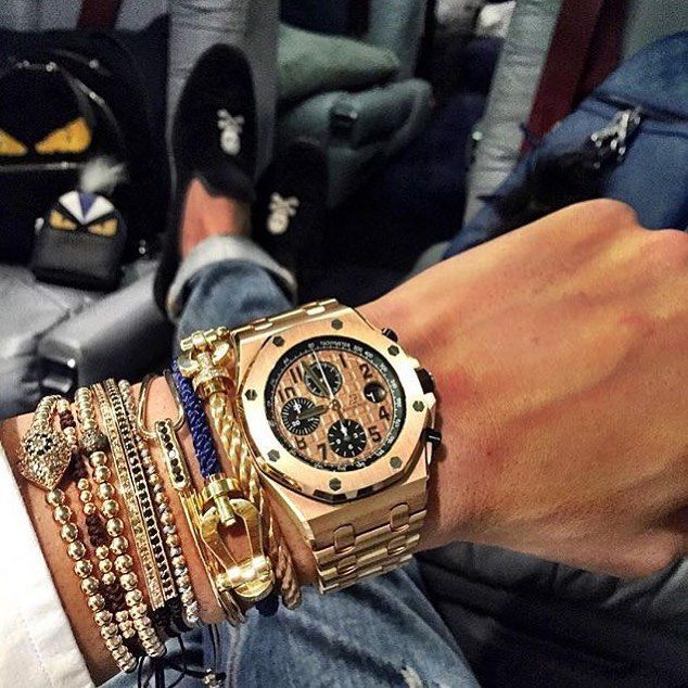 Travel packages ✈️ #watch #fly #luxury #lifestyle #millionaire #billionaire #money #rich #wristgame #watchporn #travel #dreambig #instalike #like #instalife #audemarspiguet #luxurylife #success