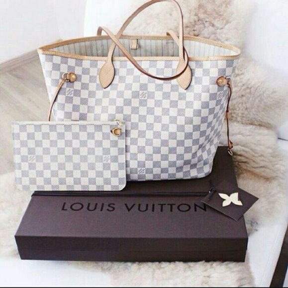 c0373c0621e Louis Vuitton handbagqrl White Bags Totes | My Posh Picks | Bags ...
