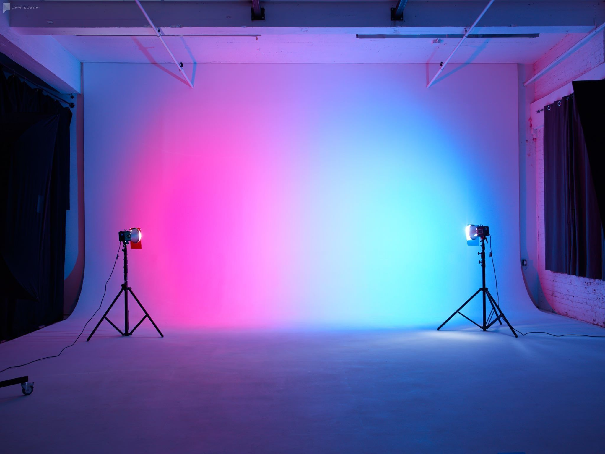 Spacious Photo Video Cyc Studio In Ridgewood Photo Studio Design Photoshoot Backdrops Studio Lighting Setups