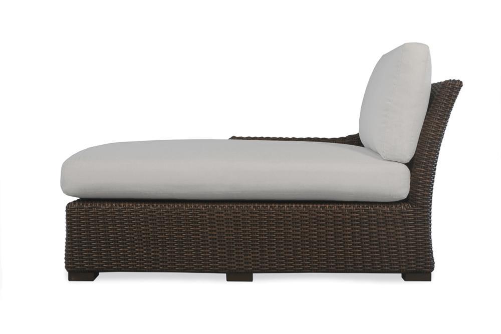 Lloyd Flanders Mesa Right Arm Chaise Item 298025 Furniture