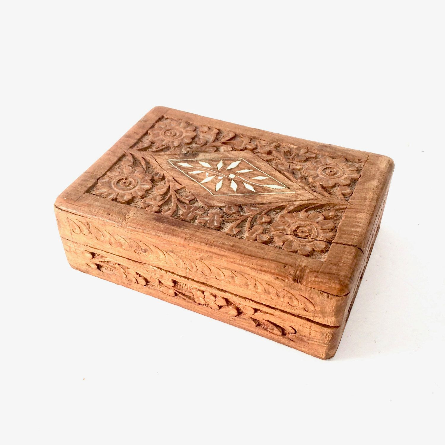 SHEESHAM WOOD NEW. LINED INTERIOR WOODEN BOX HAND CARVED