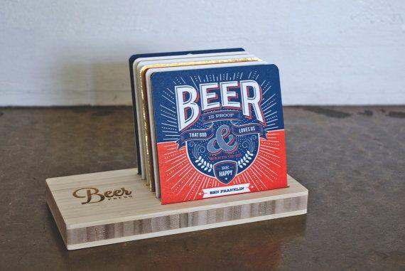 He encontrado este interesante anuncio de Etsy en https://www.etsy.com/es/listing/169162677/beer-press-collection-complete-coaster