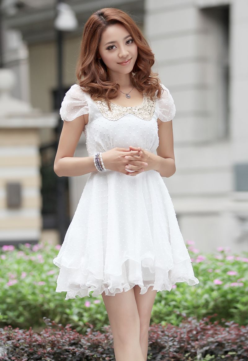 Pretty White Dress Puffy Sleeves D