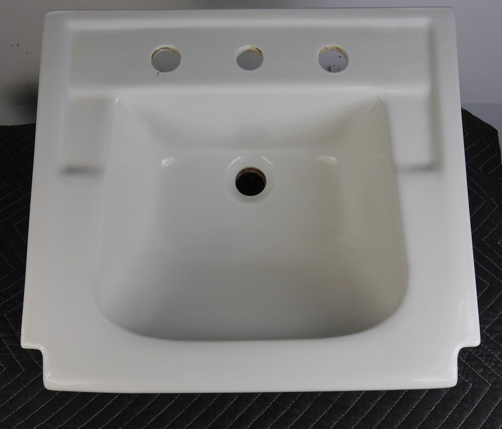 Vintage bathroom sinks - Antique Vintage American Standard Dresslyn Tile In White Bathroom Sink 1950 S Americanstandard