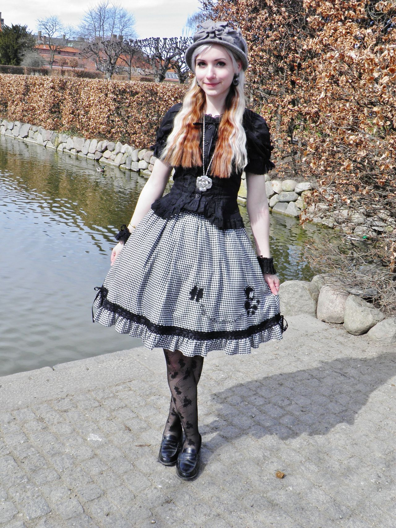 Casual lolita.   I like this (sans the shoes &  tights).