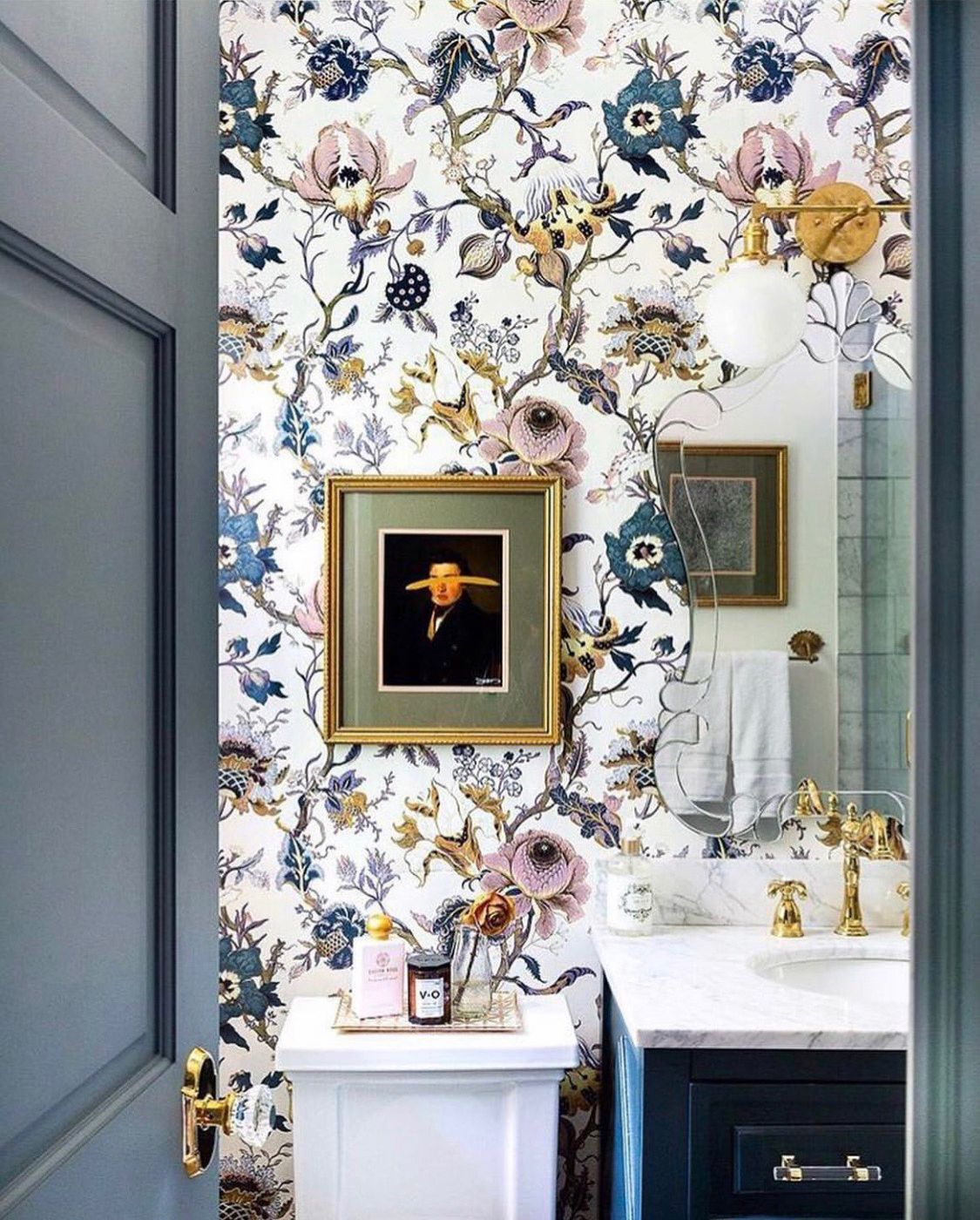 Never Fear Wallpaper Trader Is Here To Reassure You That You Certainly Can Install Wallpaper In Your Bath House Of Hackney Wallpaper Beautiful Bathrooms Decor