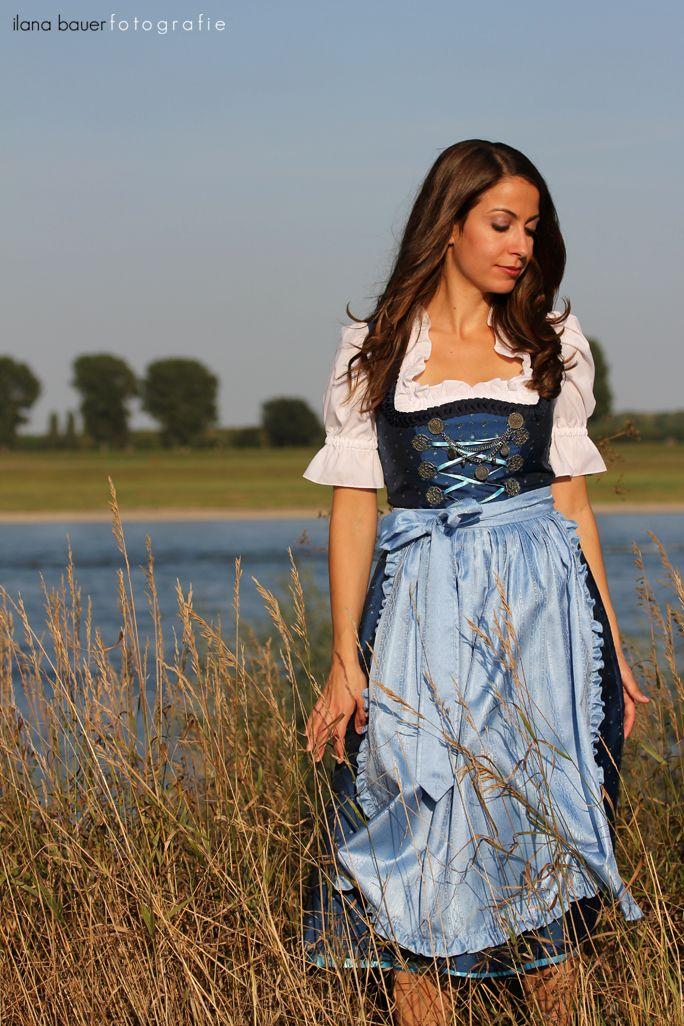 Ilana Bauer: A Dirndl-Wearing American